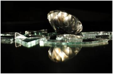 Can diamonds break?