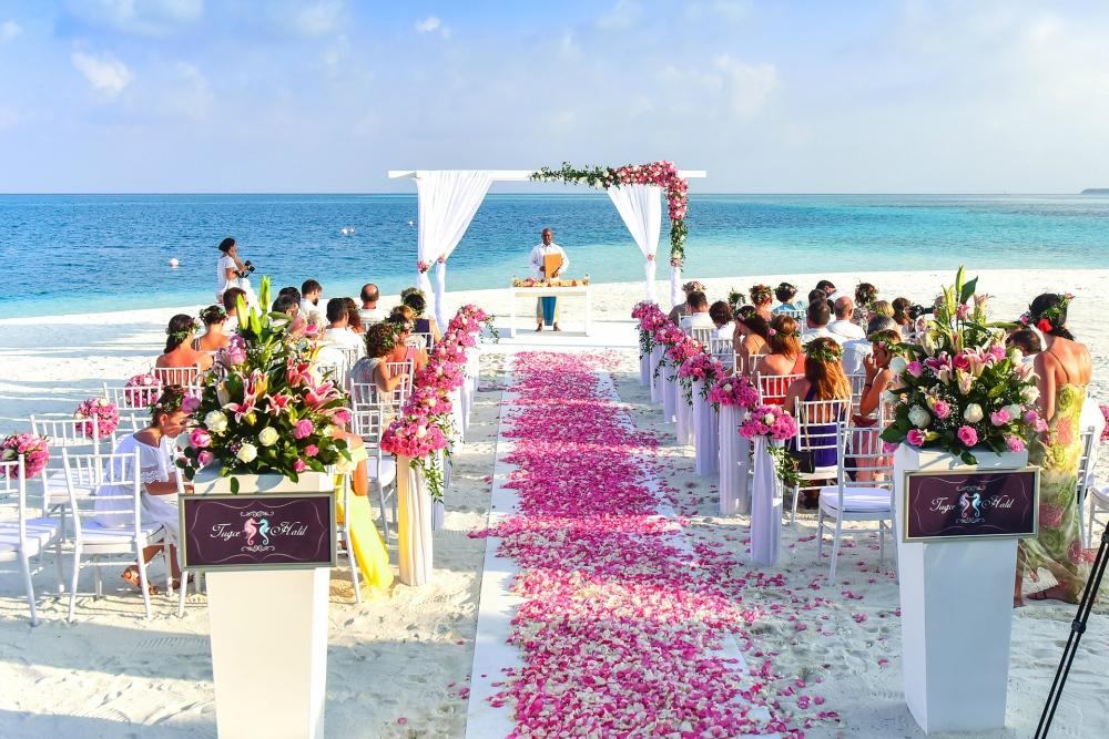 7 Fun Beach Wedding Ideas